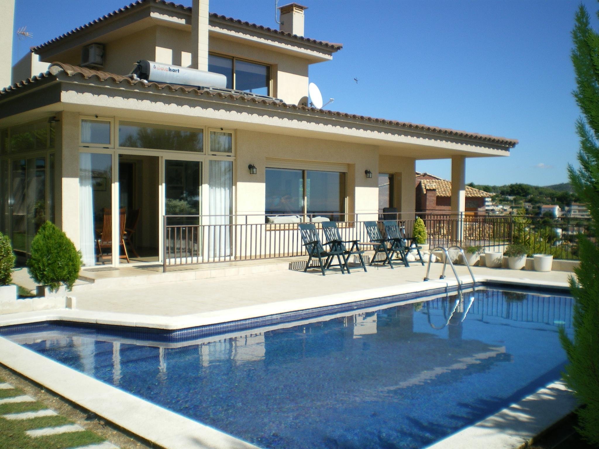 Аренда коттеджа в испании купить недвижимость в стамбуле